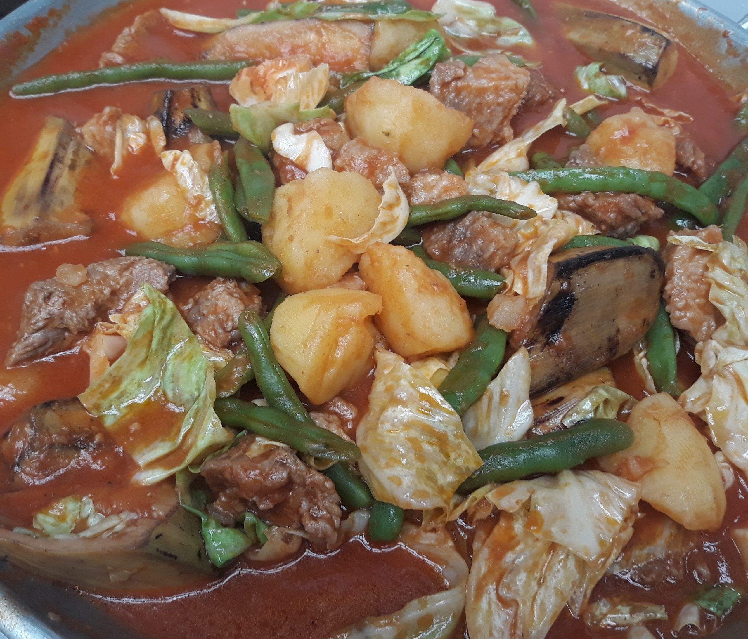 Pochero in a wok.